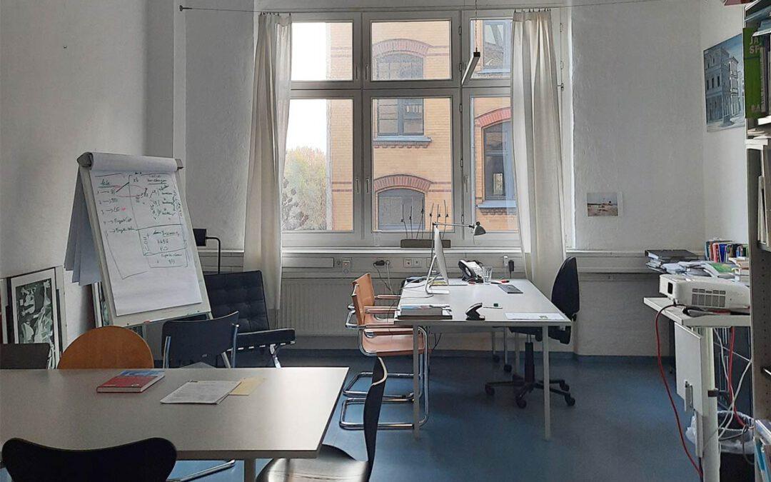 Schönes Büroloft in denkmalgeschütztem Gewerbehof Bülowbogen, provisionsfrei